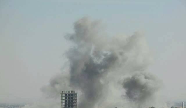 Không quân Syria dội bom vào thị trấn Douma