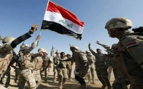 Binh sĩ quân đội Iraq ăn mừng chiến thắng trên đường tiến về Mosul