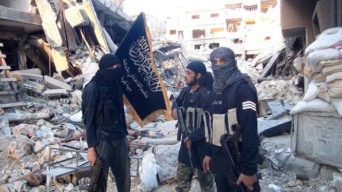 Nhóm chiến binh thánh chiến Jabhat al-Nusra trên chiến trường Aleppo