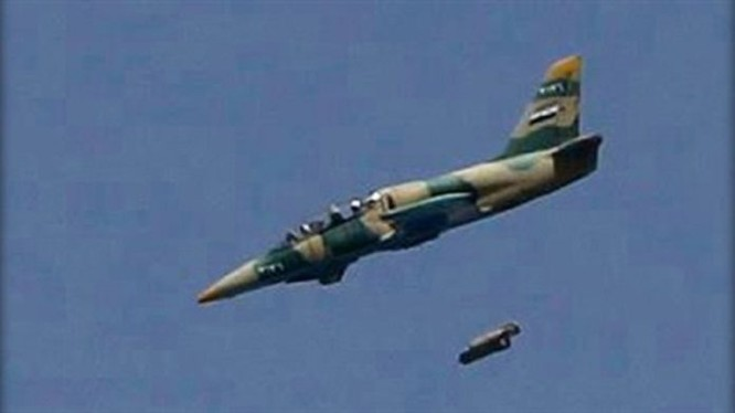 Không quân Syria không kích ở Hama, Idlib