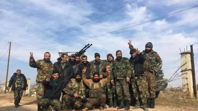 Lực lượng tiếp vận quân đội Syria đến sân bay T-4
