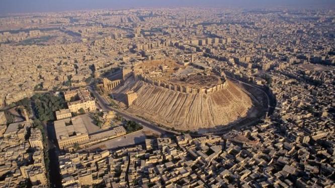 Thành phố Aleppo nhìn từ trên cao