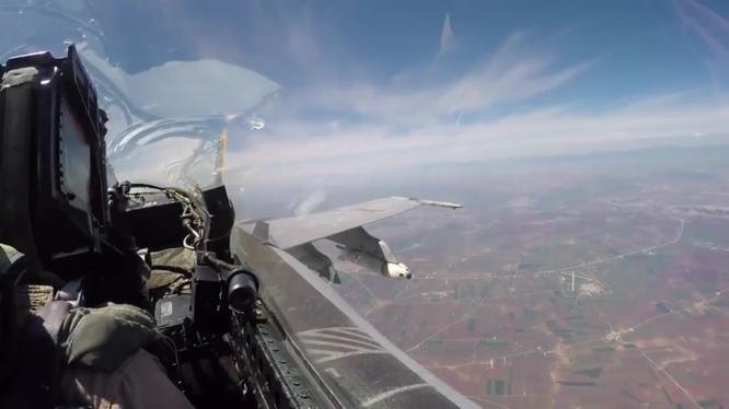 Máy bay lực lượng không quân Liên minh