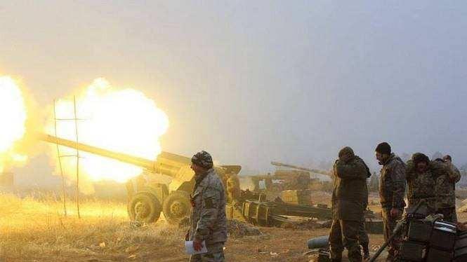 Quân đội Ukraine pháo kích trên chiến trường chảo lửa Debaltsevo