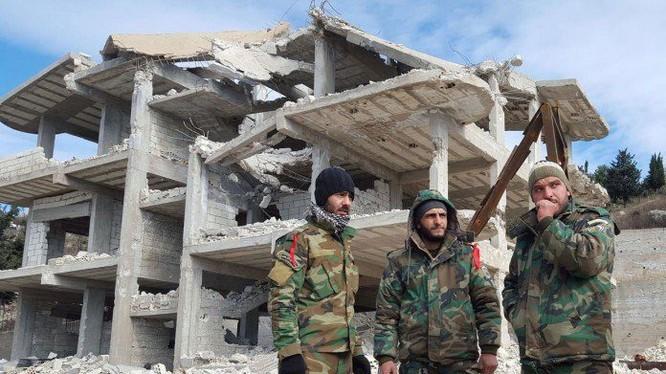 Binh sĩ quân đội Syria ở Aleppo sau khi thành phố được giải phóng