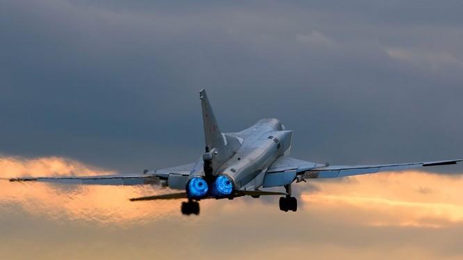 Máy bay ném bom không quân Nga (ảnh minh họa)