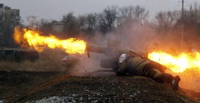 Binh sĩ lực lượng Lugansk sử dụng tên lửa chống tăng ATGM