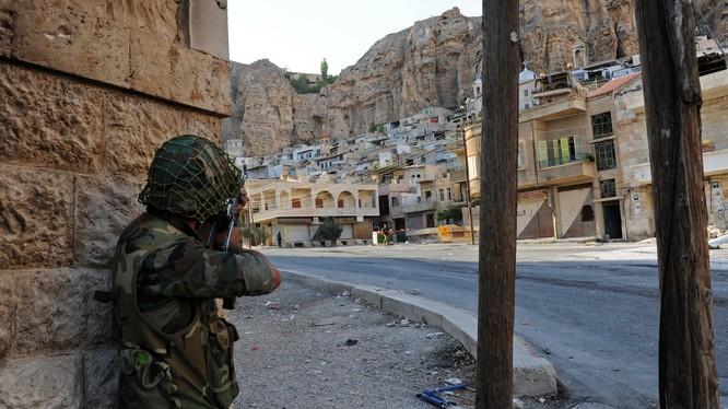 Cuộc chiến chống phiến quân trên vùng ngoại ô Damascus