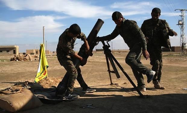 Một khẩu đội súng cối của SDF