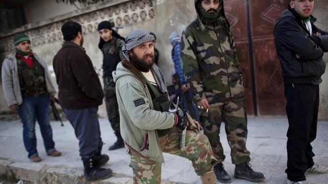 Những chiến binh nổi loạn ở tỉnh Idlib