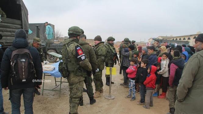Các quân cảnh Nga ở thành phố Aleppo