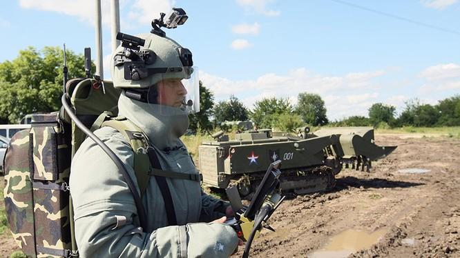 Robot rà phá bom mìn Ural - 6