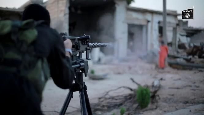 Một tay súng IS ở Mosul (ảnh minh họa)