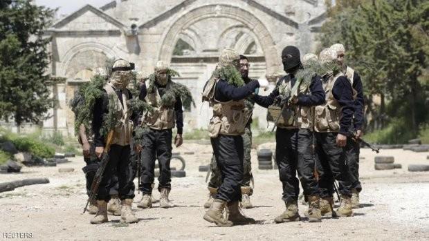 Một nhóm các tay súng Al Qaeda Syria