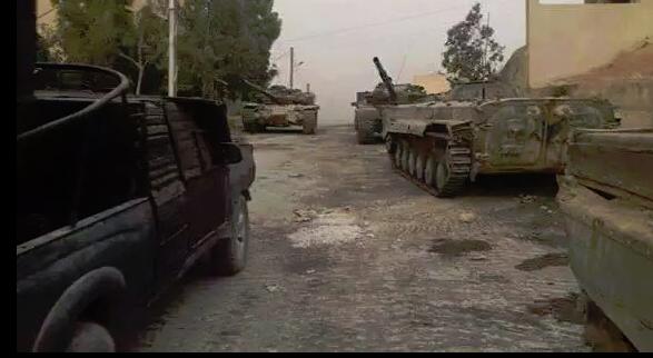 Xe tăng, thiết giáp của quân đội Syria ở Đông Ghouta