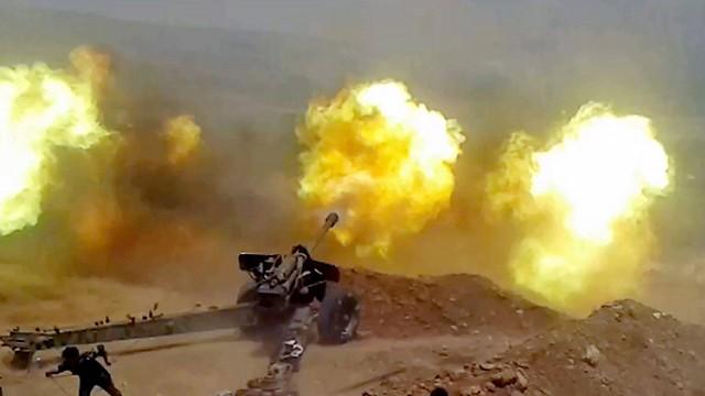 Pháo binh quân đội Syria pháo kích ác liệt vào khu vực Wadi Baradi
