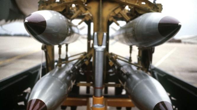 Bom hạt nhân B-61 của không quân Mỹ
