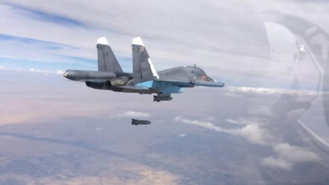 Máy bay ném bom Su-34 Nga không kích (ảnh minh họa)