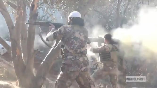 Những tay súng khủng bố tấn công vào Deir ezZor