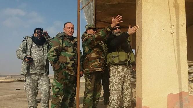 Chuẩn tướng Zahreddine Vệ binh Cộng hòa, Thiếu tướng Hassan Mohamed và chuẩn tướng Ibrahim thuộc lữ đoàn 137 pháo binh ở Deir Ezzor