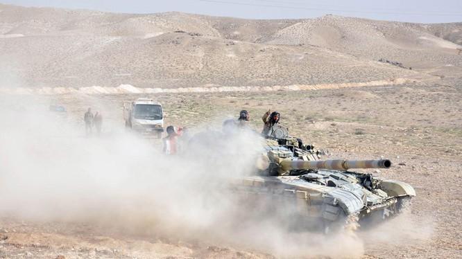 Quân đội Syria tấn công trên vùng sa mạc tỉnh Homs