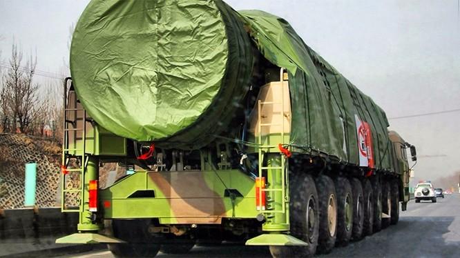 Hệ thống tên lửa đạn đao DF-41, được triển khai trên địa bàn tỉnh Hắc Long Giang
