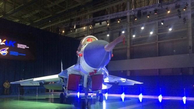 Máy bay MiG-35 trong triển lãm giới thiệu sản phẩm của tập đoàn