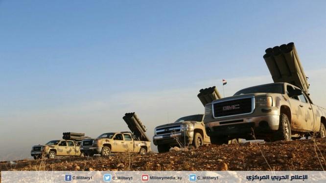 Một đơn vị pháo phản lực cơ động tự thiết kế của quân đội Syria
