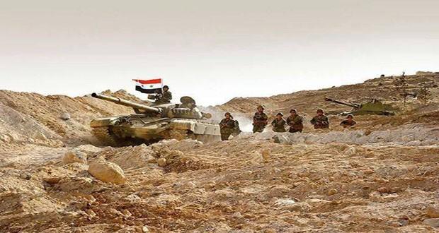 Xe tăng quân đội Syria trên chiến trường Deir Ezzor