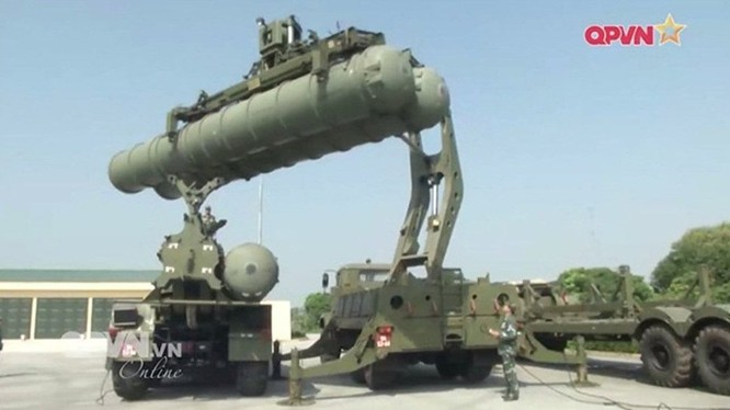 Bộ đội tên lửa S-300 trung đoàn 64 huấn luyện sẵn sàng chiến đấu