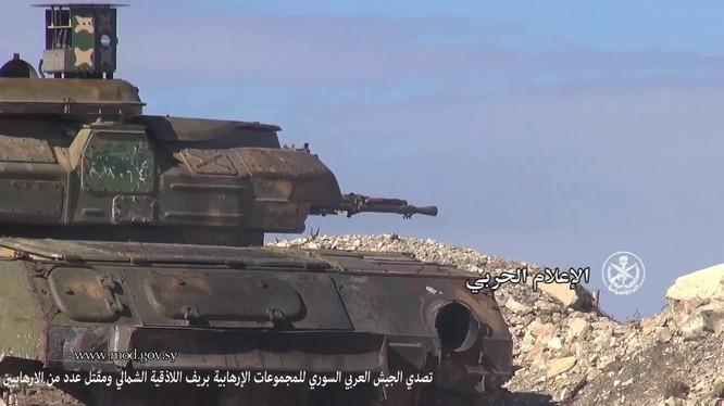 Xe phòng không Shilka gắn thiết bị Sarab-1 chống tên lửa ATGM chiến đấu ở Latakia