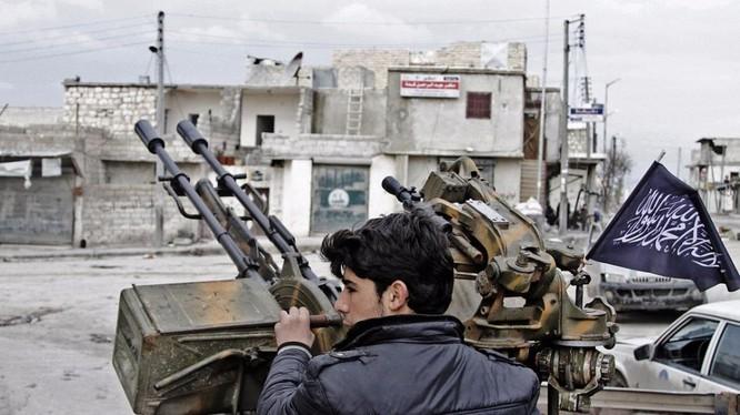 Nhóm chiến binh khủng bố Al-Qaeda Syria ở Daraa