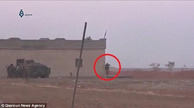 Tay súng đánh bom tự sát IS