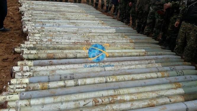 Tên lửa không điều khiển Grad thu được từ nhóm Al-Qaeda Syria