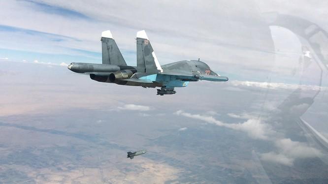 Máy bay ném bom chiến thuật Su-34 Nga không kích ở Syria (ảnh minh họa)