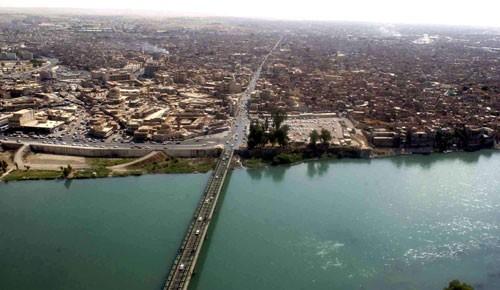 Cây cầu thứ tư của thành phố Mosul được giải phóng khỏi IS