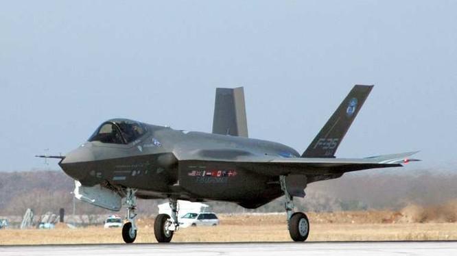 Máy bay tiêm kích đa nhiệm thế hệ 5 F-35 Mỹ