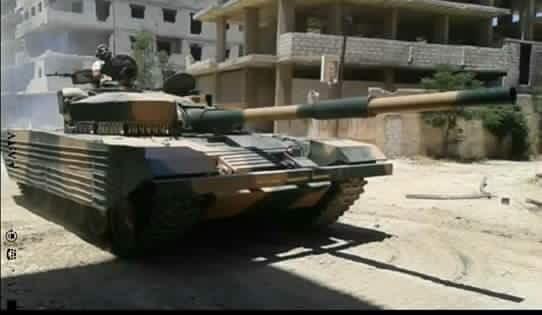Xe tăng cải tiến T-72 của quân đội Syria
