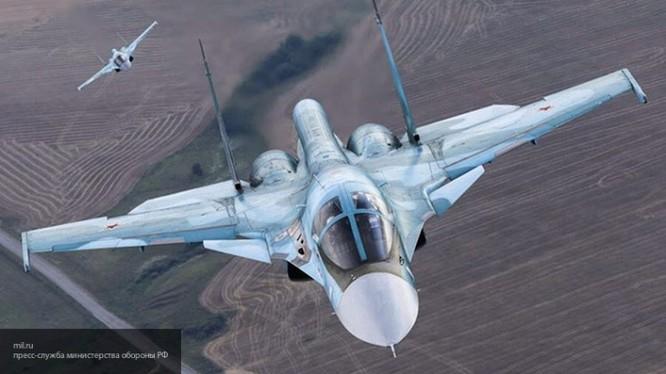 Máy bay ném bom chiến trường Su-34