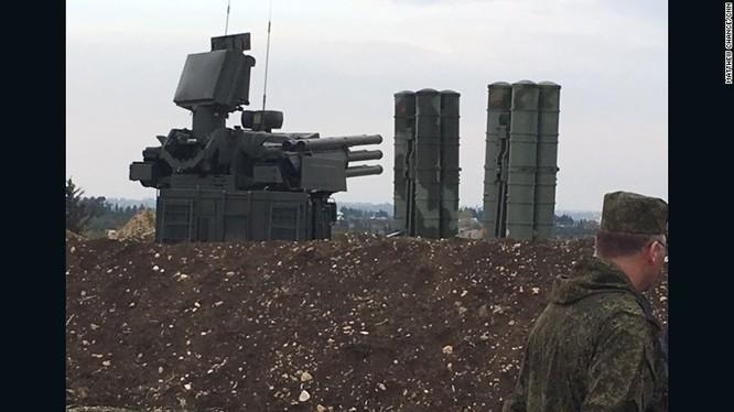 Tổ hợp tên lửa tầm gần Pantsir -S1 và hệ thống tên lửa tầm xa S-400 ở Syria
