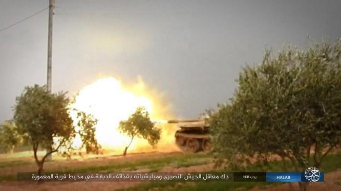 Xe tăng của IS chiến đấu trên chiến trường Aleppo