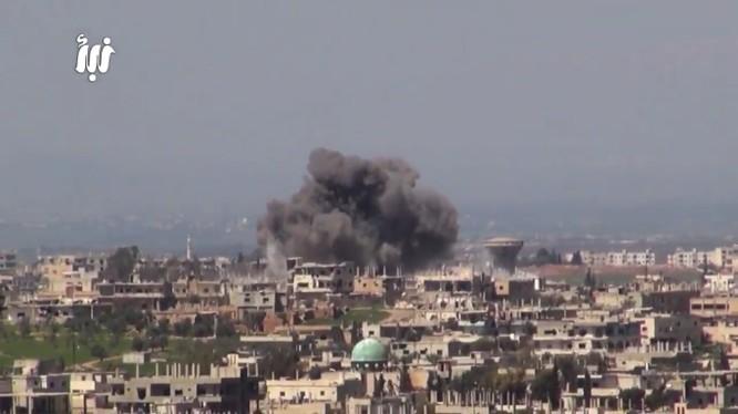 Không quân Nga - Syria không kích ác liệt thành phố Daraa