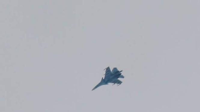 Không quân Nga không kích trên chiến trường phía tây Aleppo