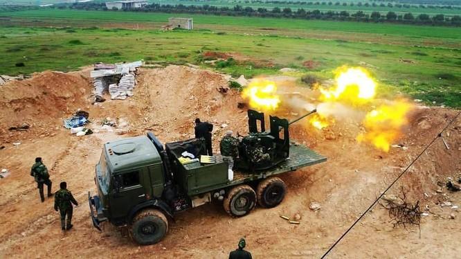 Quân đội Syria trên chiến trường miền bắc tỉnh Hama