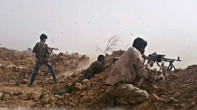 Binh sĩ quân đội Syria chiến đấu ở Deir Ezzor