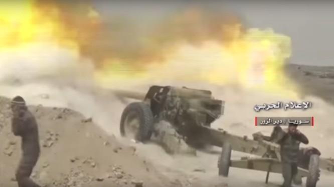 Quân đội Syria pháo kích mãnh liệt đánh trả IS
