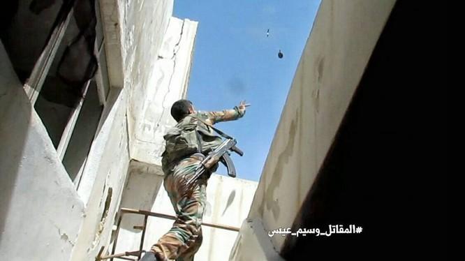 Cuộc chiến tranh đường phố ác liệt ở Al-Qaboun, Damascus
