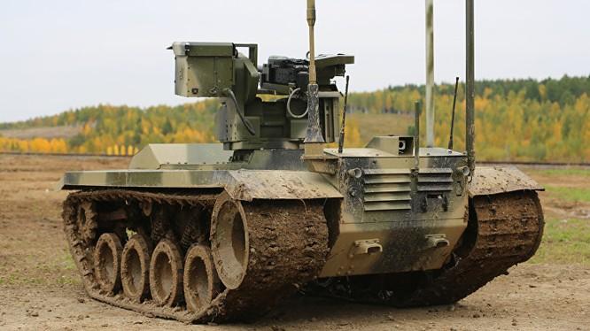 """Robot quân sự """"Nerehta-2"""" Nga"""