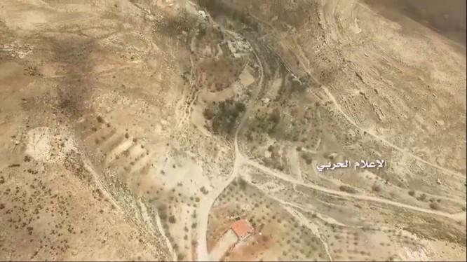 Thị trấn Sibna trên vùng nông thôn miền tây Damascus