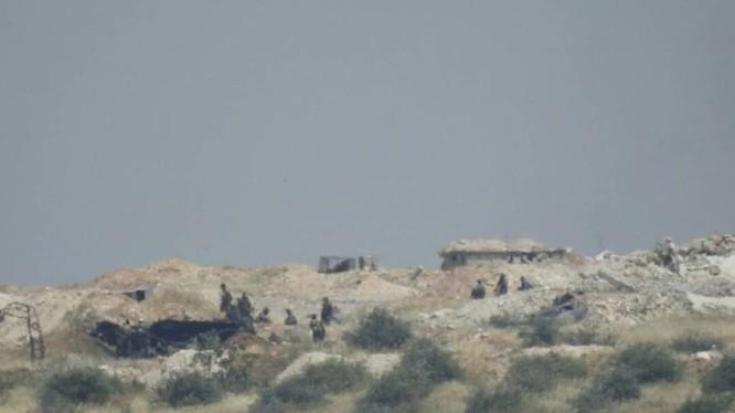 Quân đội Syria tiến công đánh chiếm cao điểm Zalaqiyat, miền bắc Hama